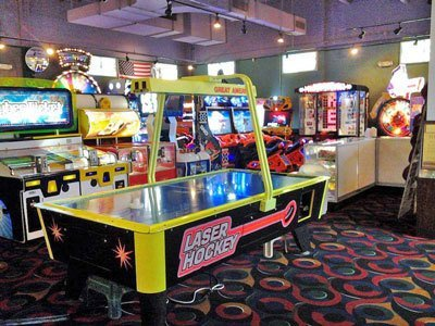 GameTime---Vero-Beach---Video-Game-Arcade-Slide-Show-image