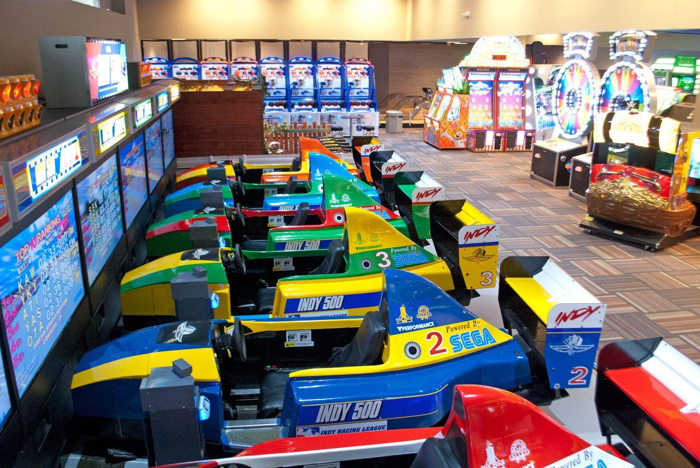 GameTime_Fort_Myers_Mega_Arcade_Indy500_WEB