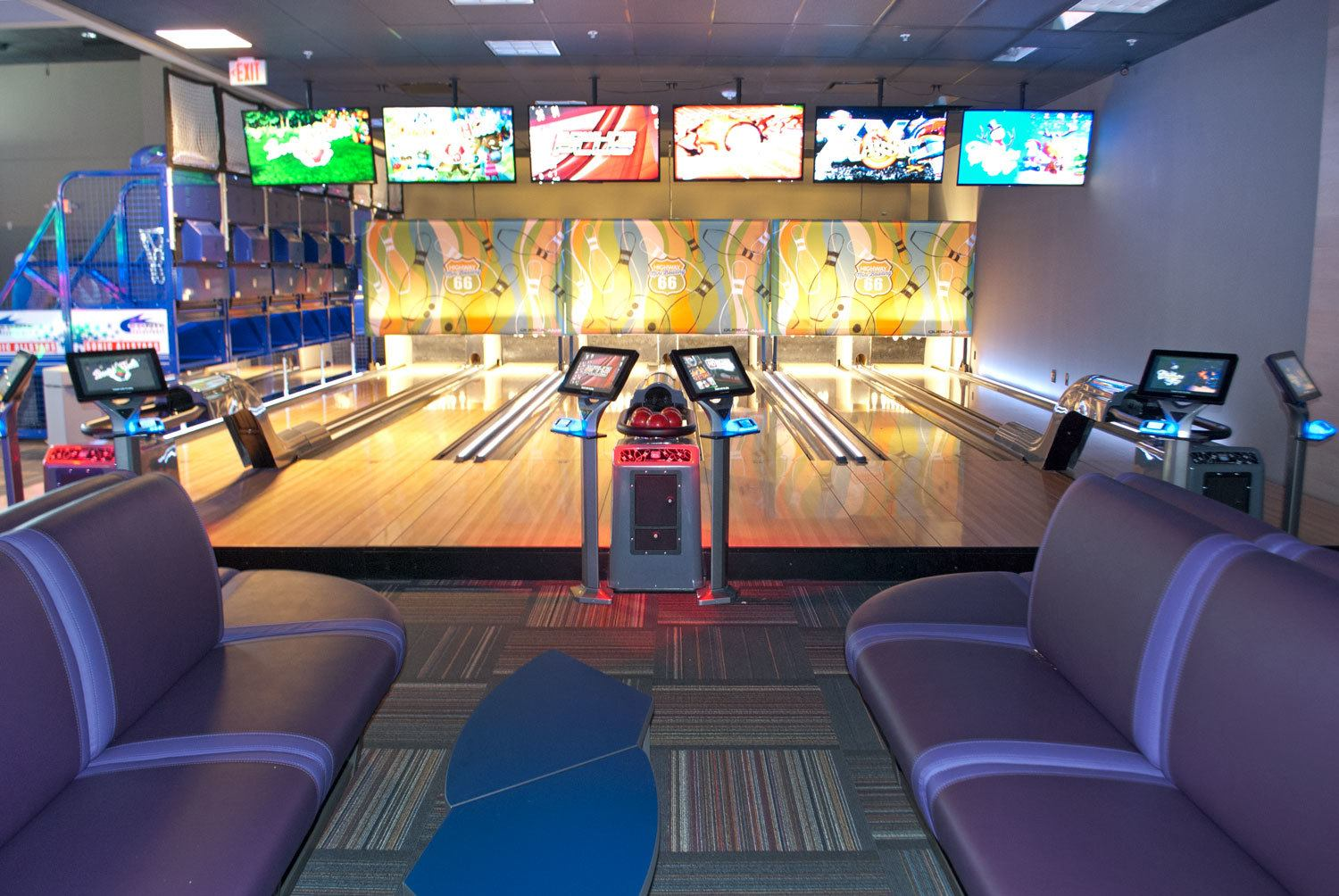 GameTime_Fort_Myers_Mega_Arcade_Mini_Bowling_Route_66_3_WEB